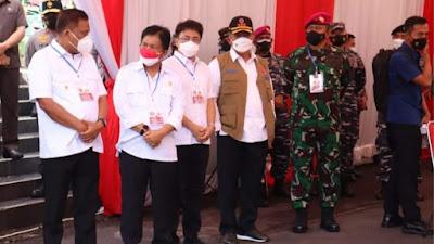 Andrei Angouw Dampingi Olly Sambut Panglima TNI Tinjau Vaksinasi Massal