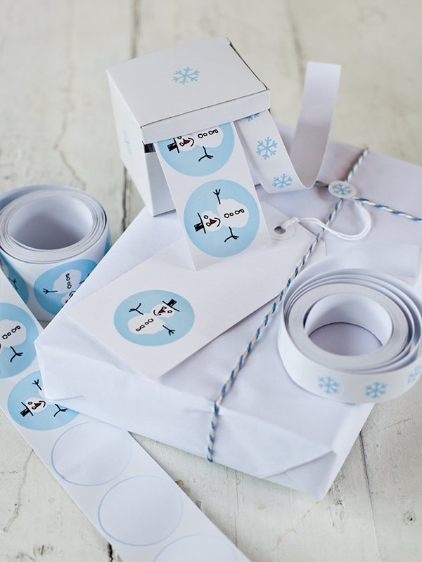 snowmen stickers and gift wrap