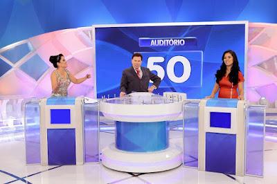 Milene, Silvio e Stefhany (Crédito: Lourival Ribeiro/SBT)