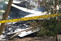 Polisi Olah TKP Kebakaran Camp. PT. Nindya Karya di Skouw