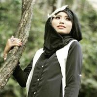 Lirik dan Terjemahan Lagu Atikah Edelweis - Bayangan Kasiah