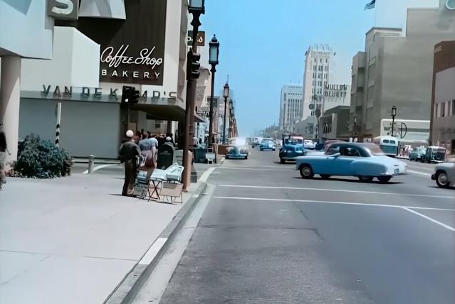 Coffee shop/bakery on Wilshire in 1951 randommusings.filminspector.com
