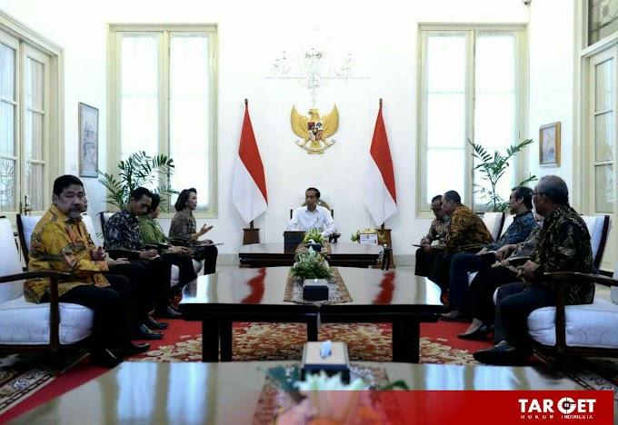 Presiden Joko Widodo Terima Sembilan Pansel Calon Pimpinan KPK Di Istana