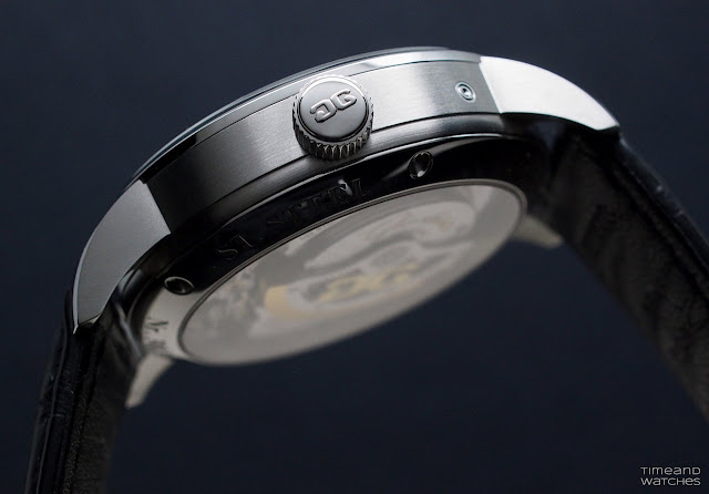 The satin-brushed caseband of the Glashütte Original PanoMaticLunar