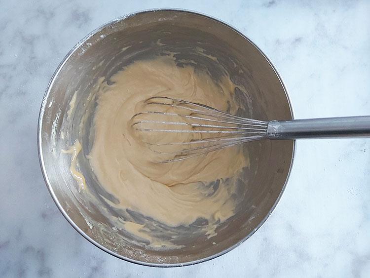 Pâte à madeleines crue