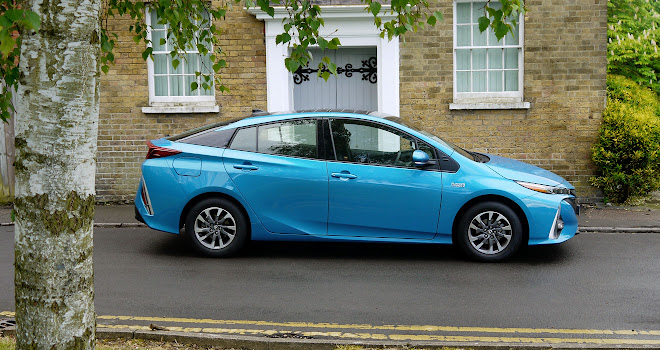 Toyota Prius Plug-in side view