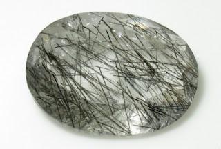quartzo turmalina