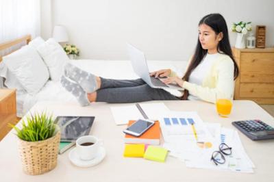 5 Tips Tetap Fokus saat Kerja di Rumah