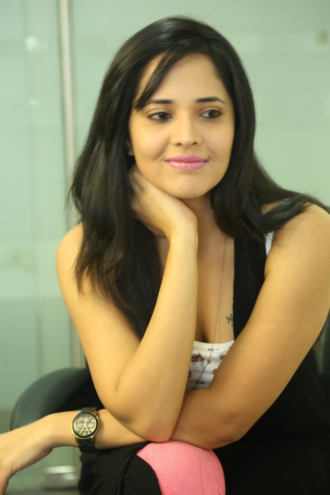 Anasuya latest sizzling photo shoot-HQ-Photo-4