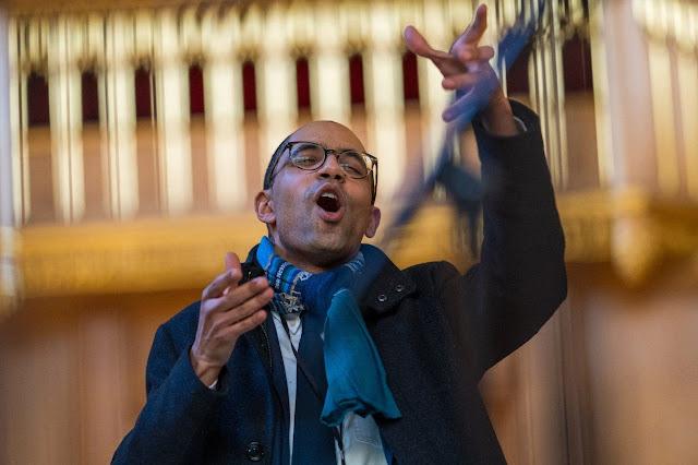 Pelham Humfrey: Sacred Choral Music - Joseph McHardy - Recording session at HM Chapel Royal,  St James's Palace (Photo Delphian)