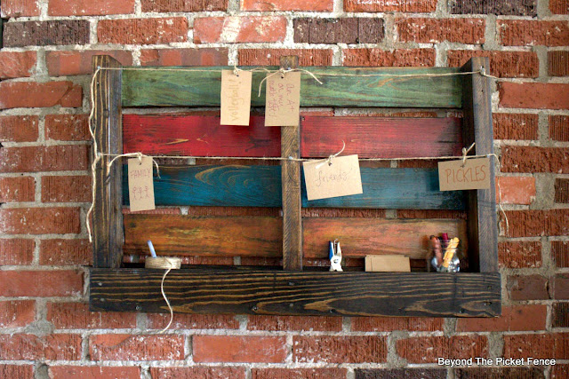 practice gratitude with this easy to make gratitude board made from a pallet