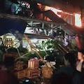 Si Jago Merah Melalap 4 Toko di Pasar Tambun