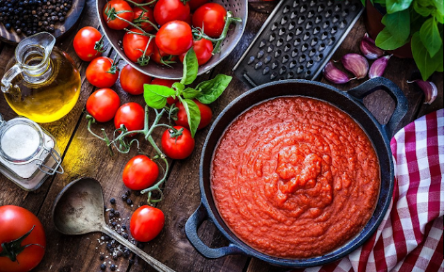 Marinara vs. Tomato Sauce: What's the Difference