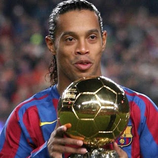 Spotlight : Ronaldinho, The Football Magician, Retires.