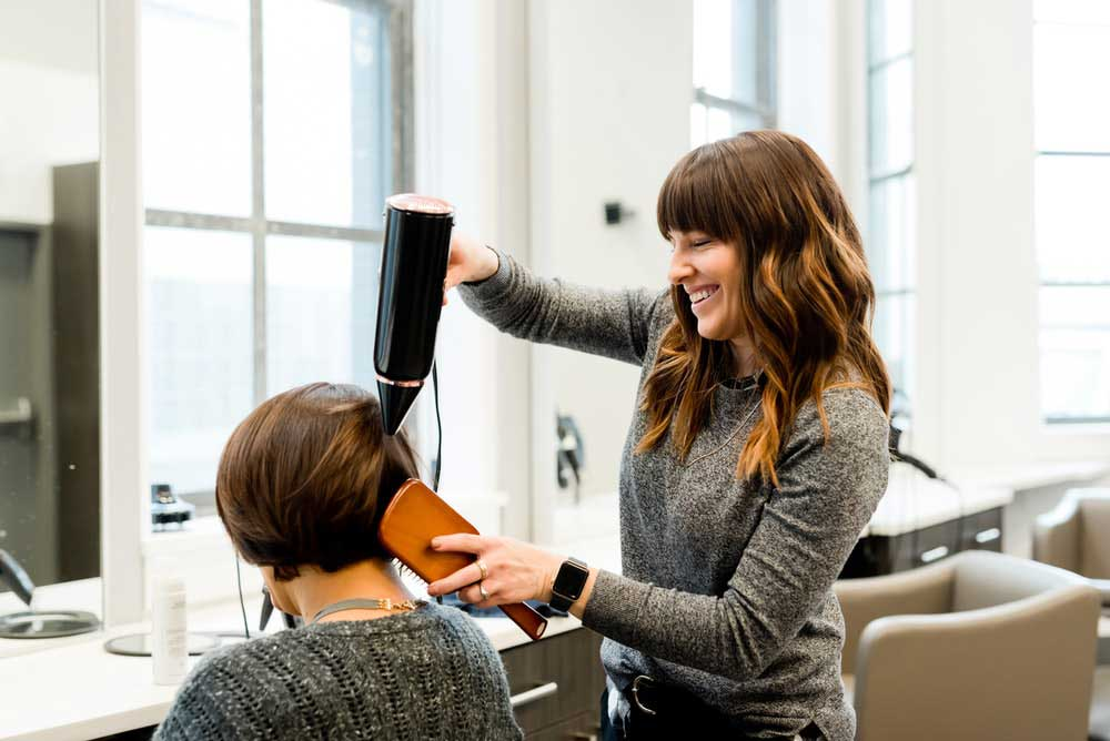 steps how to be professional successful hairdresser hairstylist job description duties responsibilities work beauty salon spa