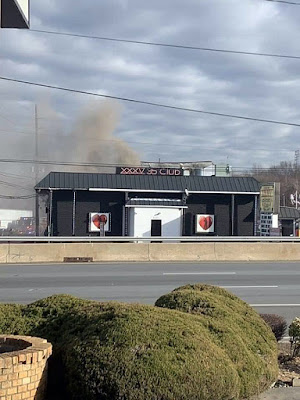 Playpen Lounge building (now a stripe joint) route35 North Sayreville, New Jersey on fire January 2020