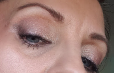 pink gold eyeshadow look