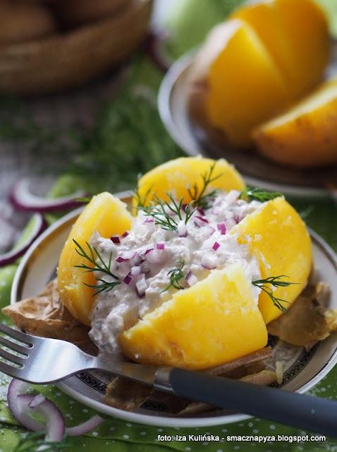 pyry z gzikiem , ziemniaki z sosem twarogowym , kartofle , biały ser , twarożek , kuchnia polska , najlepsze przepisy , wielki post , środa popielcowa , postne potrawy , obiad na piątek