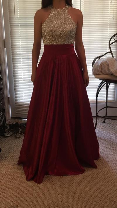 احدث فستان غير محجبات سهرة لعام 2020 لون نبيتي