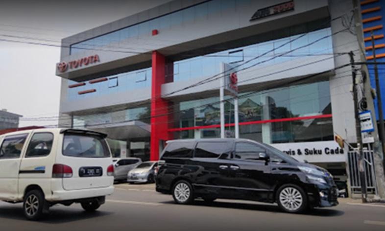 Auto 2000 Radio Dalam, Fasilitas Berstandar Toyota, Terbaik Dalam Layanan