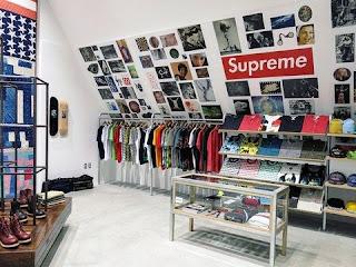 """Kisah dan Sejarah """"Supreme"""", Brand Fashion Ternama Dunia Asal Amerika"""