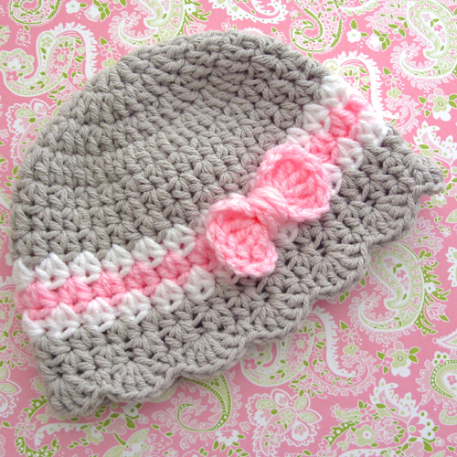 Baby Girl Hat With Bow - Crochet Pattern