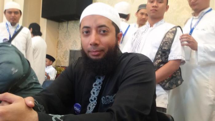 Siapa Sebenarnya Ustadz Dr Khalid Basalamah Lihat Fakta