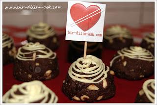 bol çikolatalı kurabiye