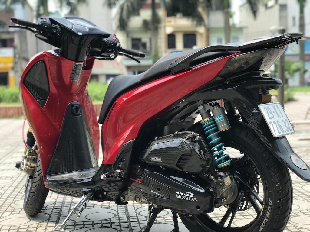 Biker Hà Nội chi hàng trăm triệu độ Honda SH 2019