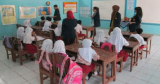 Mendidik Generasi Gadget : Peranan Pendidikan di Sekolah