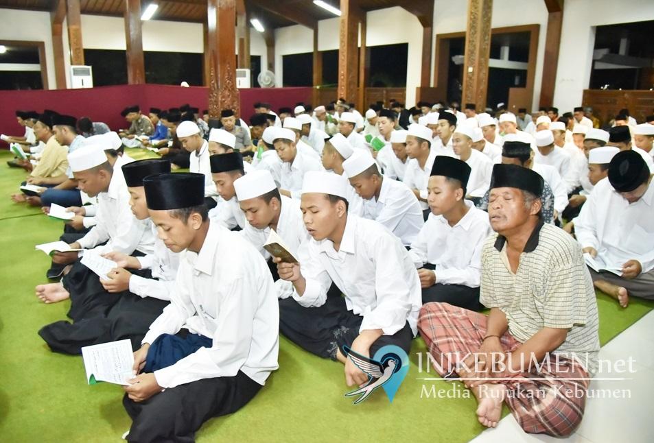 Malam Jumat Kliwon, Pemkab Kebumen Gelar Yasin Tahlil Perdana di 2020