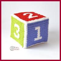 Cubo de colores amigurumi