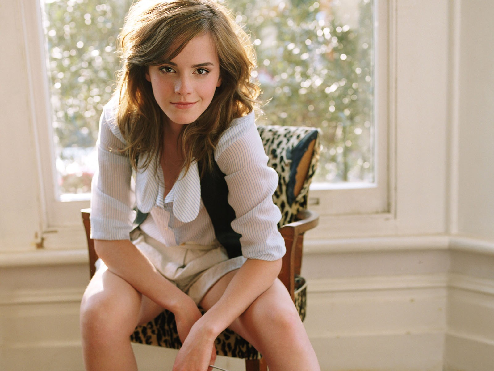 Office Chair Ballet Modern Outdoor Fire Pit Chairs Celebrity Pictures And Biography: Emma Watson