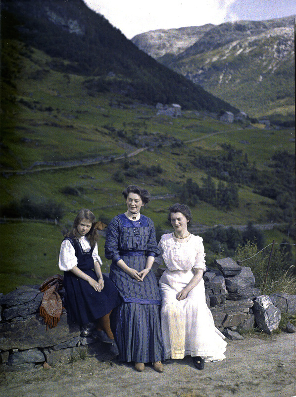 90 Miles From Tyranny : The First Color Photographs of ...