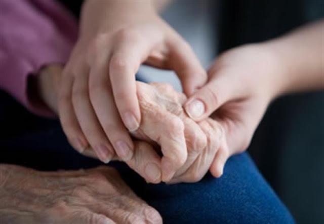 Ζητείται αποκλειστική για ηλικιωμένη στην Δαλαμανάρα Αργολίδας