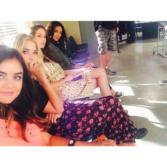 PLL Behind the scenes Lucy Hale, Ashley Benson, Troian Bellisario and Shay Mitchell