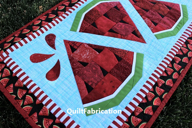 Watermelon Twist table runner closeup 1
