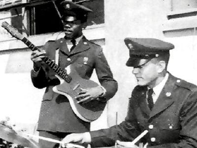 jimi hendrix in army - 1961