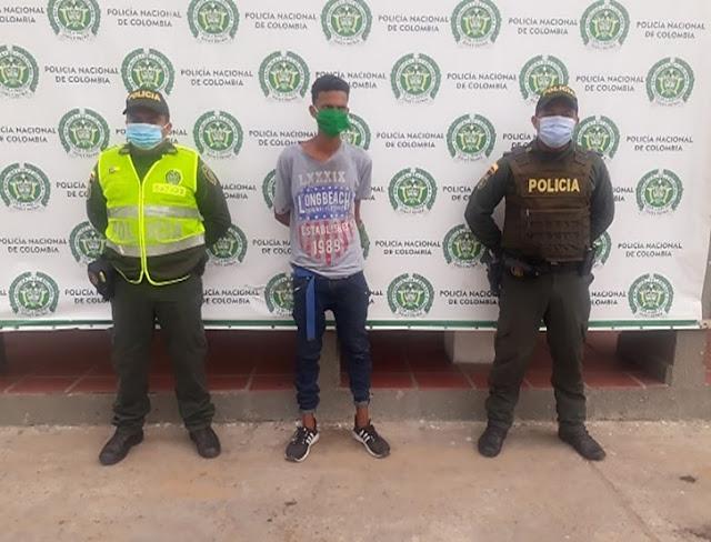 hoyennoticia.com, Venezolano apuñaló a un hombre en Maicao
