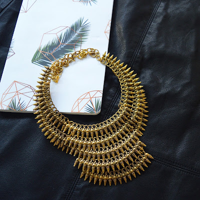 Chiconomical: Thrift On Thursdays: Gold Statement Necklace
