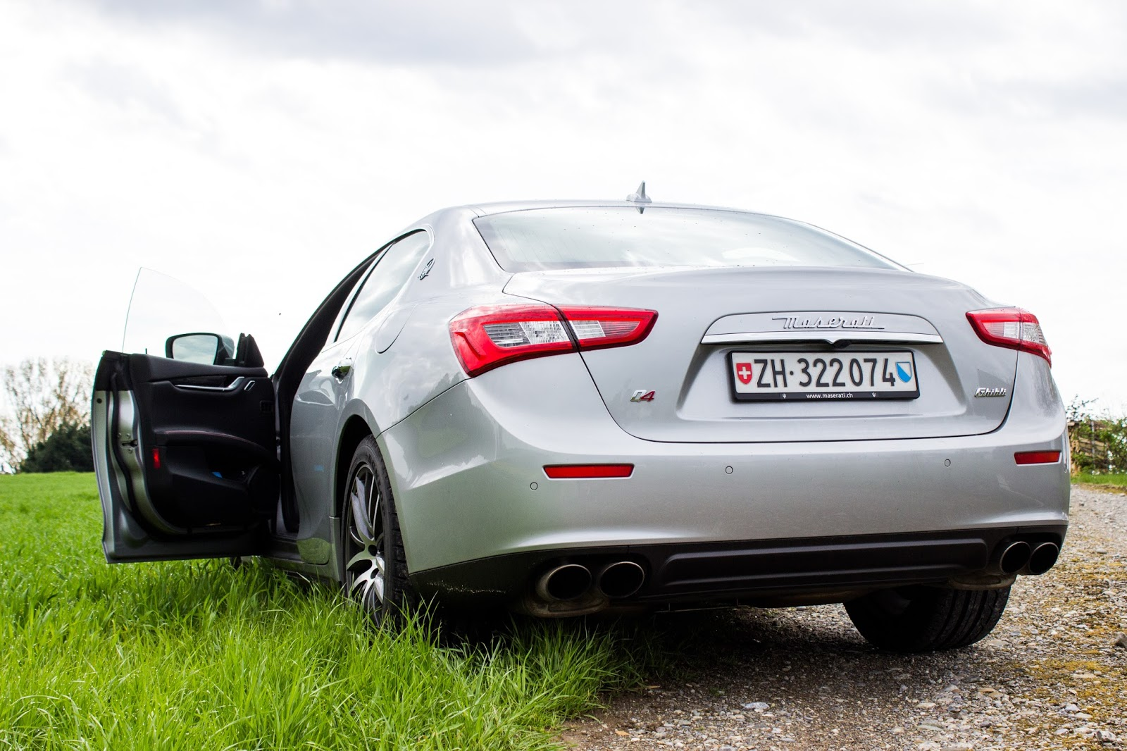 maserati ghibli sq4 back view