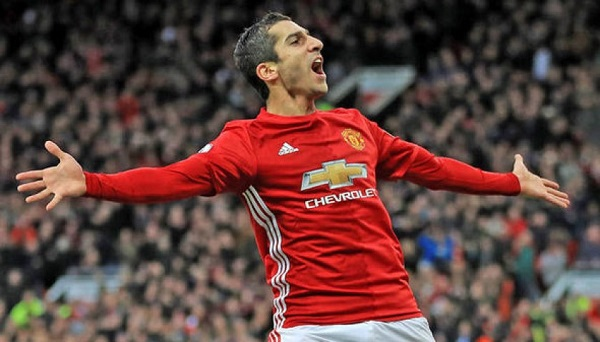Top 10 most expensive Players in manchester united history