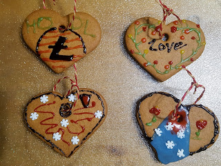 Gingerbread Hearts Christmas Family Fun
