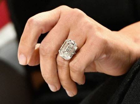 engagement ring for Kim Kardashian