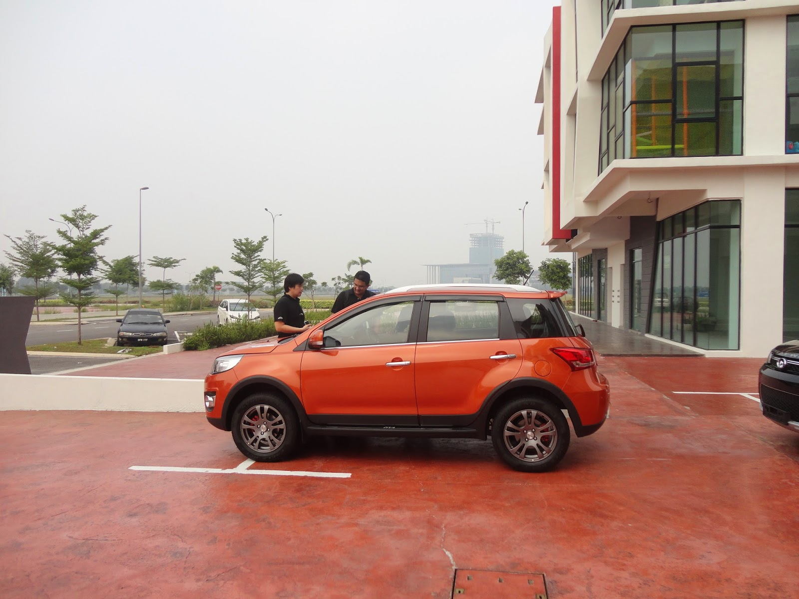 The great wall m4 has about 185mm of ground clearance where most small compacts have about
