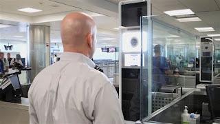 το σύστημα αναγνώρισης στο αεροδρόμιο Washington Dulles των ΗΠΑ