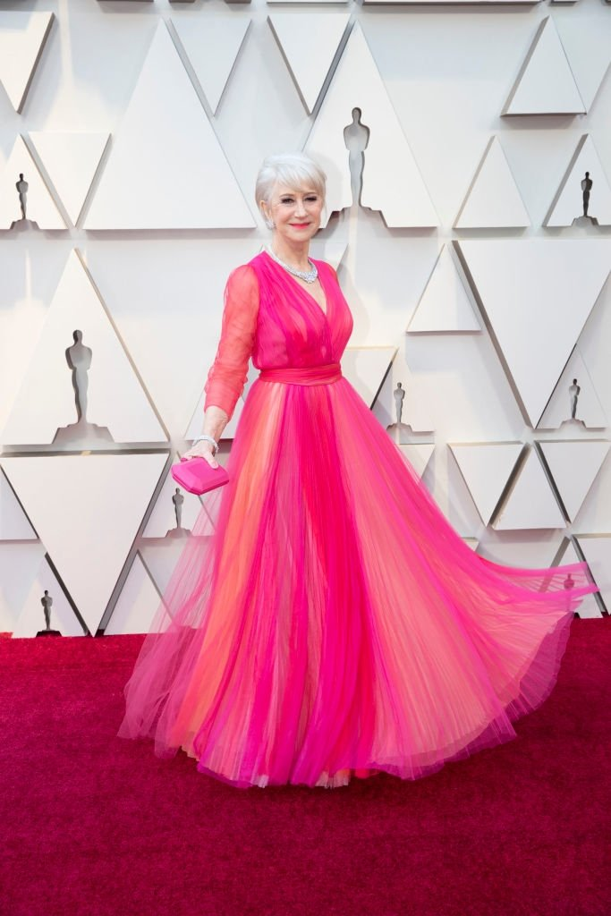 Helen Mirren dazzles in pink at the 2019 Oscars