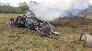 Avião da FAB cai durante exercício militar