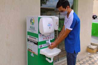 Prefeitura Picuí instala lavatórios para auxiliar na higienização das mãos da população picuiense