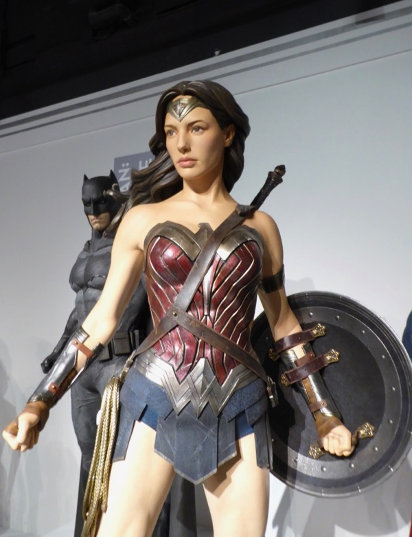 Wonder Woman movie costume Dawn of Justice